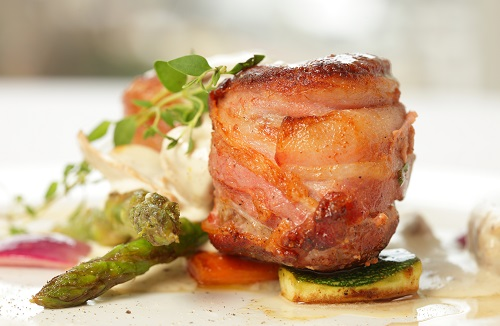 Pork with asparagus