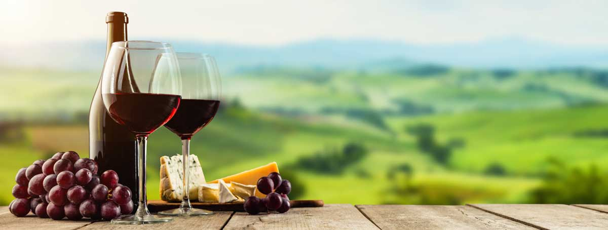 Red wine served with cheese